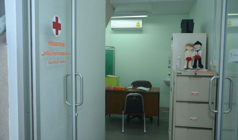 hospital-room1